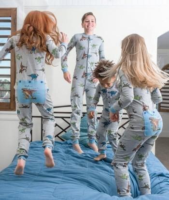 unisex Dinosaur kids pajamas
