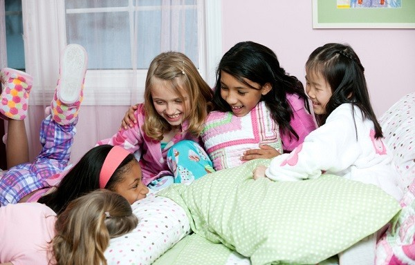 Blog Girls slumber party fun