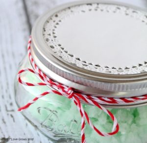 DIY-Mint-Sugar-Scrub-2