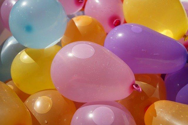 balloons-1662563_640