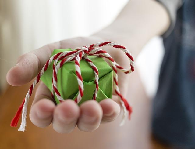 gift-1443862_640