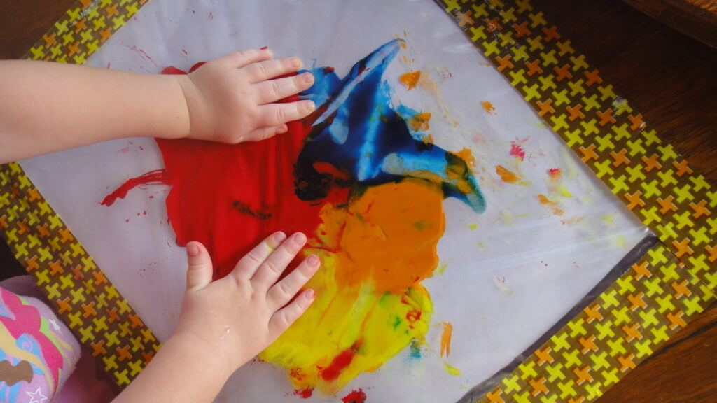 No-Mess Finger Paint Snow Day