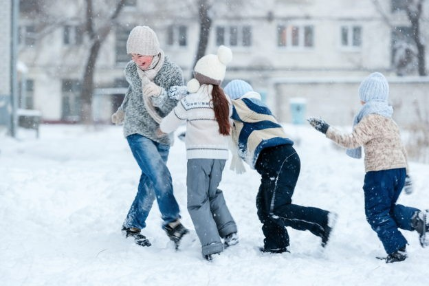 Snow Day Activities to Amuse Kids