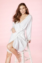Bedhead Women's Short Ruffle Terry Robe in White