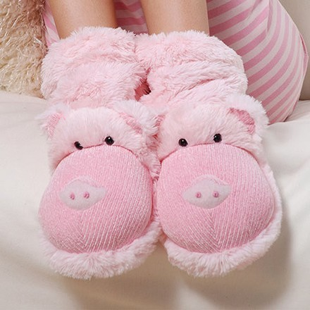 "Fun For Feet ""Pig"" Fuzzy Slipper Socks from Aroma Home"