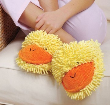 Fuzzy Friends Duck Slippers from Aroma Home