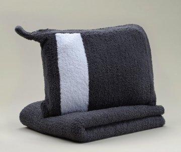 Kashwére Slate/White Travel Blanket
