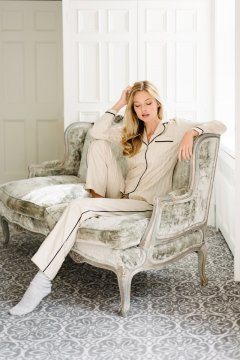 KIP. Women's Premium Cotton Classic Pajama Set in Champagne