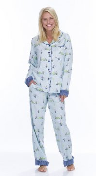 Munki Munki Women's Light Blue Snow Gnomes Classic Flannel Pajama Set