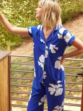 The Cat's Pajamas Women's Icelandic Poppy Pima Knit Capri Pajama Set in Blue