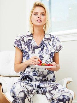 The Cat's Pajamas Women's Safari Toile Luxe Pima Capri Pajama Set in Blue